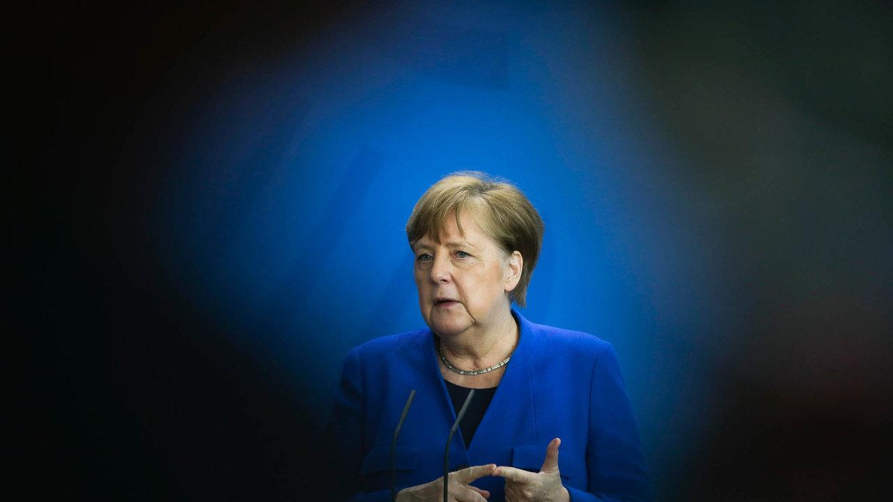 Merkelová na tiskové konferenci zdůraznila, že pořád není vyhráno.