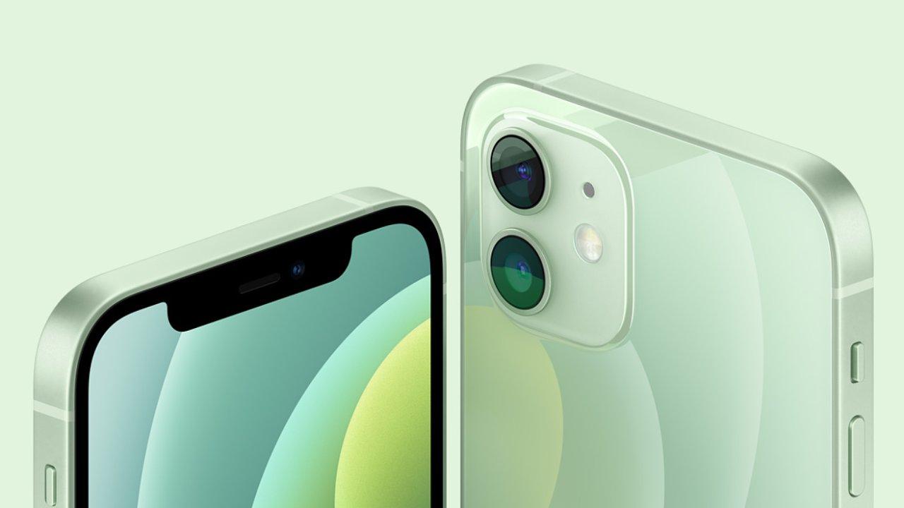 iPhone 12 a 12 Pro mají nový design, ale stejné fotoaparáty.