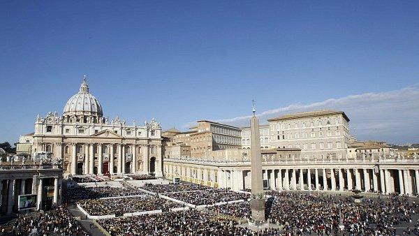 Vatik�n, n�m�st� svat�ho Petra