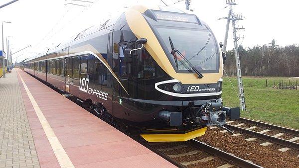 Poté, co vlaky Leo Expressu dorazí do Bohumína, budou moci cestující pokračovat autobusem do Krakova.