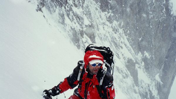 Horolezec Radek Jaro� p�i jednom ze sv�ch v�stup�