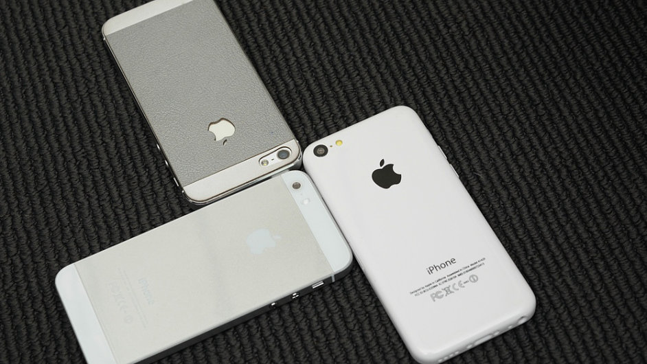 Makety: iPhone 5S a 5C