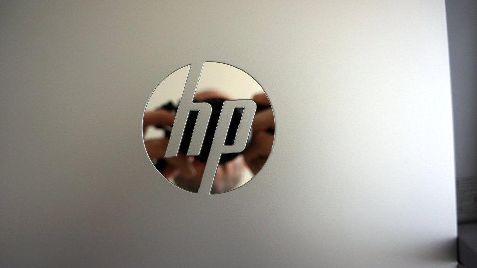 Firmě Hewlett-Packard klesají tržby.