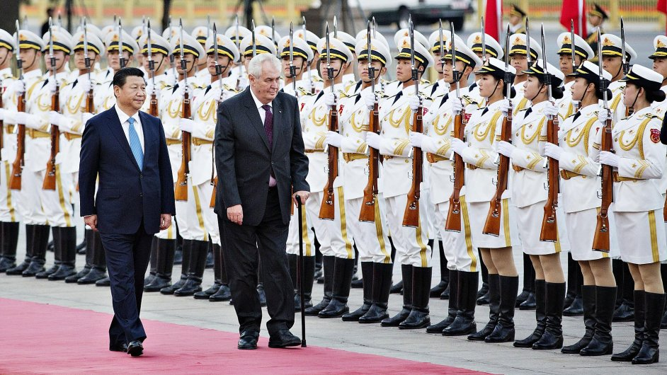 Prezident Miloš Zeman se setkal 27. října s čínským prezidentem Si Ťin-pchingem v Pekingu.