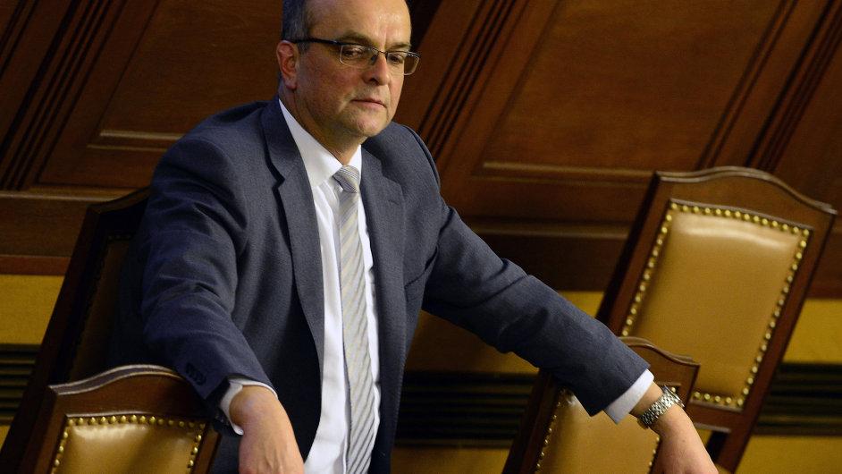 Miroslav Kalousek o výhradách kolegů ke svému stylu ví.