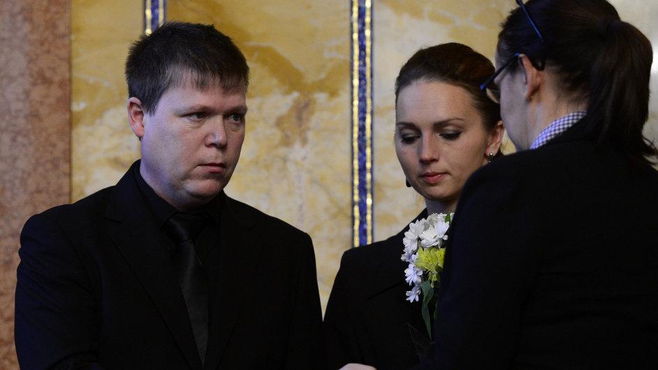 Cenu Michala Velíška za rok 2014 převzali v Praze rodiče Petra Vejvody.