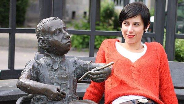 Marie Iljašenko své básně četla také na červencovém Měsíci autorského čtení.