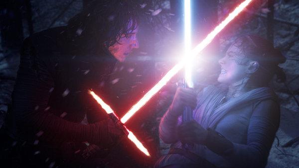 Star Wars: Síla se probouzí budou v HD kvalitě ke stažení 1. dubna.
