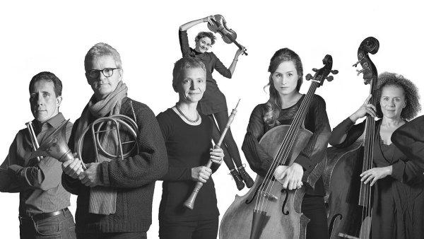 Orchestra of the Age of Enlightenment (nasnímku) naPražském jaru vystoupí pod taktovkou Williama Christieho, jenž byl čestným dirigentem jmenován vloni vlednu.