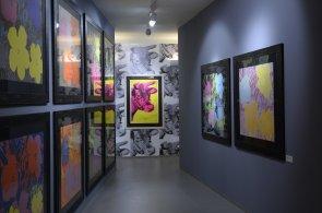 Výstava v centru Prahy připomíná výročí úmrtí Andyho Warhola, podíleli se na ní Prekop s Cihlářem