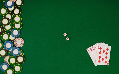 Česko od ledna přísněji reguluje hazard
