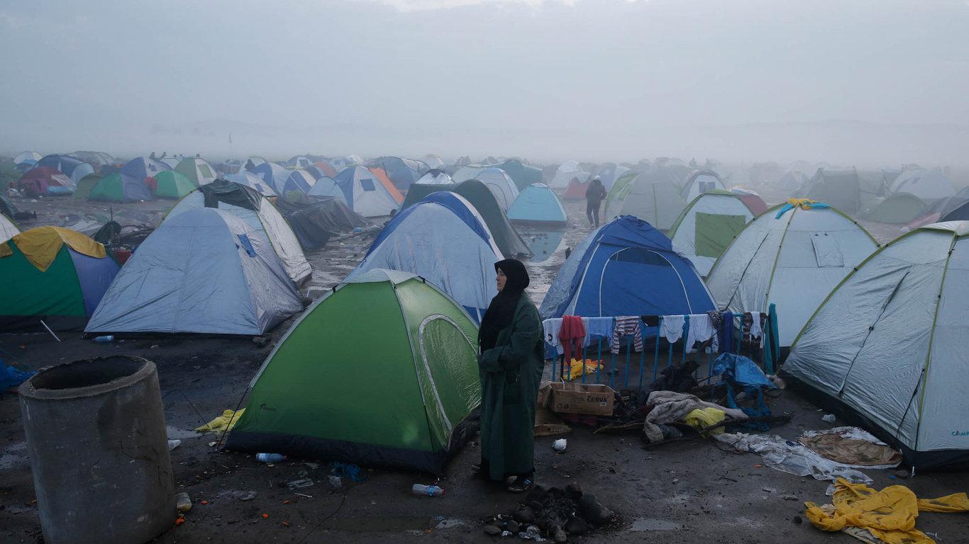 Rakousko by mělo do září přijmout 1900 uprchlíků, kteří jsou nyní zadržováni v Řecku a Itálii - Ilustrační foto.