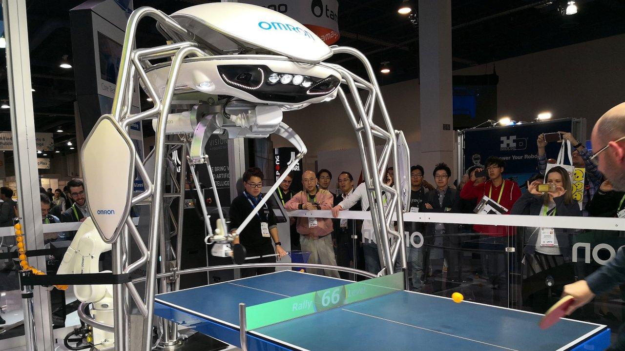 Ukázka japonské firmy Omron na veletrh CES v americkém Las Vegas