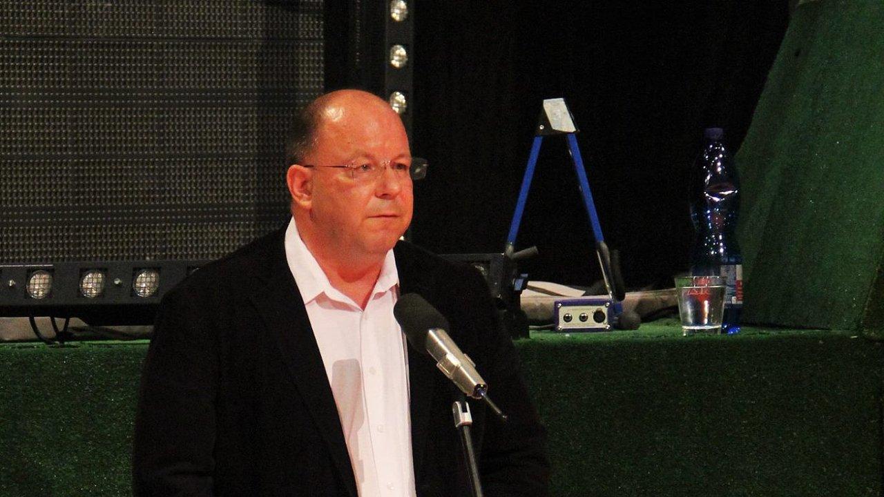 Generální ředitel RTVS Jaroslav Rezník na snímku ze září 2017, kdy představoval svou vizi televizním pracovníkům.