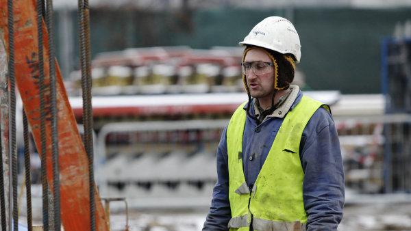 Průměrná hrubá měsíční mzda v Česku v letošním druhém čtvrtletí vzrostla meziročně o 7,2 procenta na 34 105 korun.