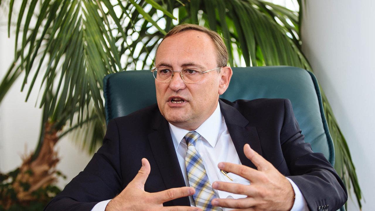 Generální ředitel české pobočky skupiny Siemens Eduard Palíšek