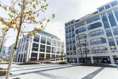 Penta Real Estate prodala soubor pěti kancelářských budov z komplexu Waltrovka.