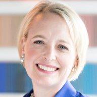 Julia Sweet, CEO společnosti Accenture