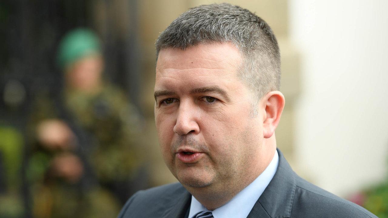 """""""Buď sociální demokracie vevládě skončí, nebo si bude moct jmenovat své ministry,"""" řekl předseda ČSSD Jan Hamáček."""