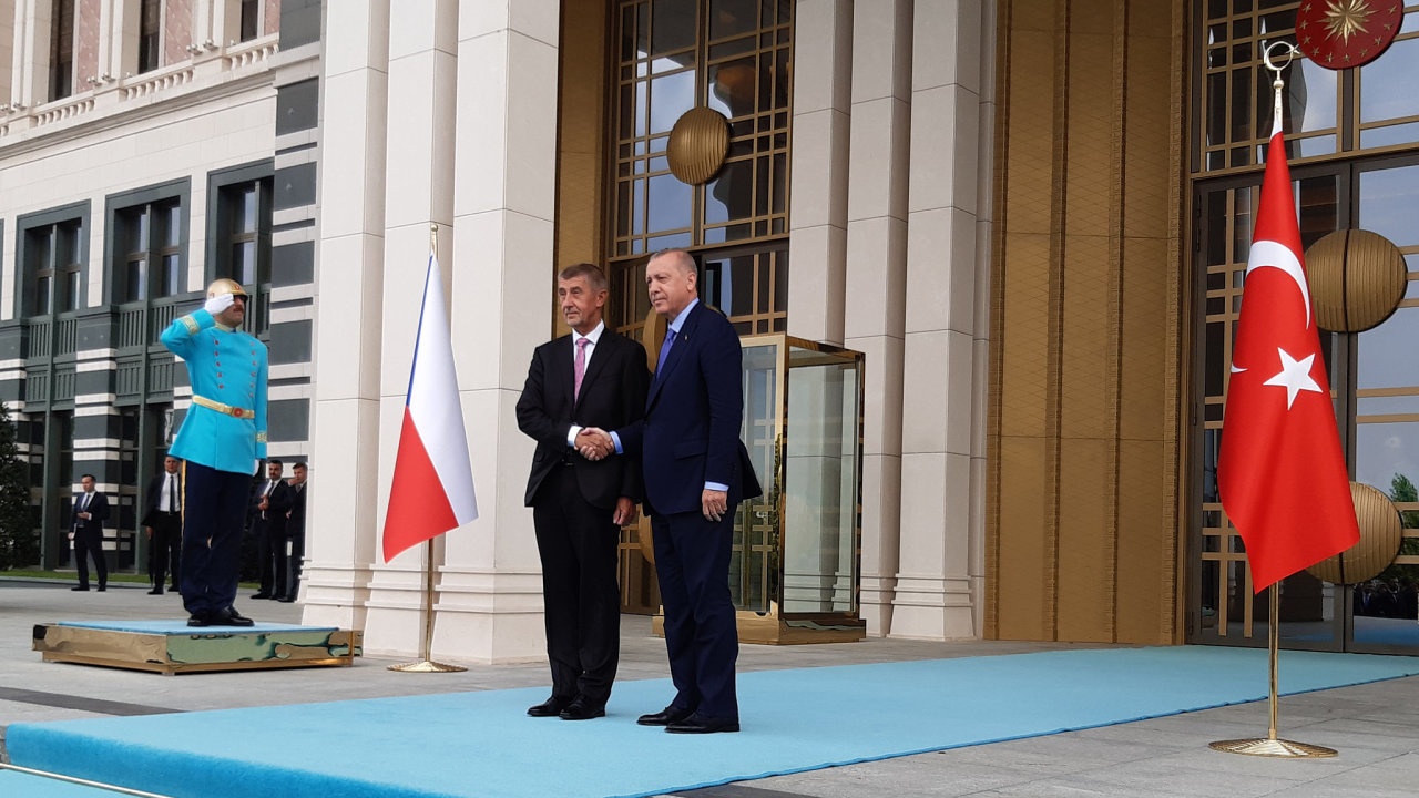 Premiér Andrej Babiš a turecký prezident Recep Tayyip Erdogan v Ankaře.