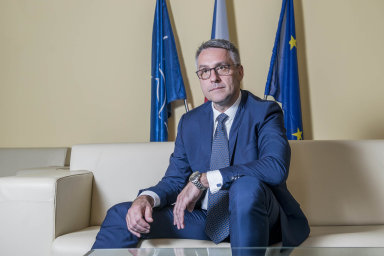 Podle ministra obrany Lubomíra Metnara (zaANO) jsou všechny armádní plány postaveny napředpokladu postupně narůstajícího rozpočtu ministerstva obrany.
