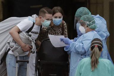S recesí české ekonomiky kvůli šíření nákazy novým koronavirem pro letošní rok počítá krizový scénář Raiffeisenbank - Ilustrační foto.