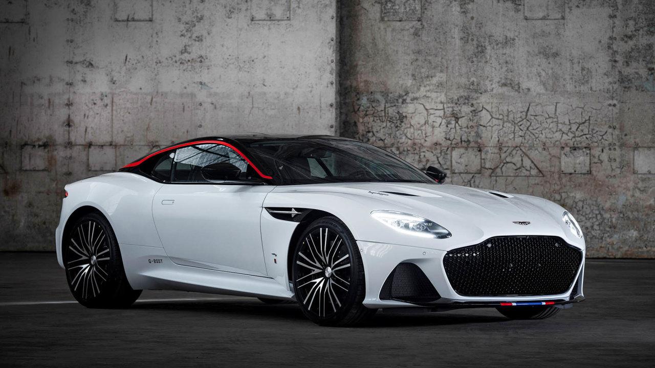 Čeští investoři sdružení vefondu, který kupuje vzácné vozy, získali loni nejdražší přírůstek dosbírky. Aston Martin DBS Superleggera Concorde Edition.