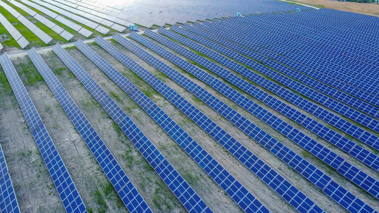 Významná část projektů, na které jsou připraveny dotace z modernizačního fondu, se zaměřuje na využití energie ze Slunce.