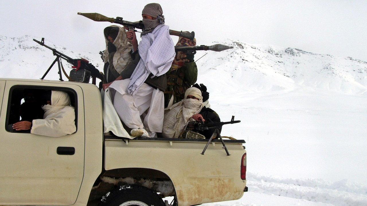 Taliban, Afgánistán, zbraně