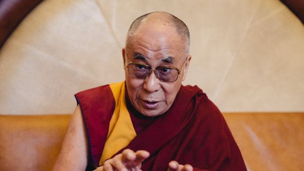 Jeho Svatost dalajlama slíbil, že příští rok přijede na konferenci Forum 2000.