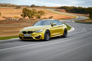 Ostré sporťáky BMW M3 a M4 provokují: Jsou vybaveny funkcí pro pálení pneumatik