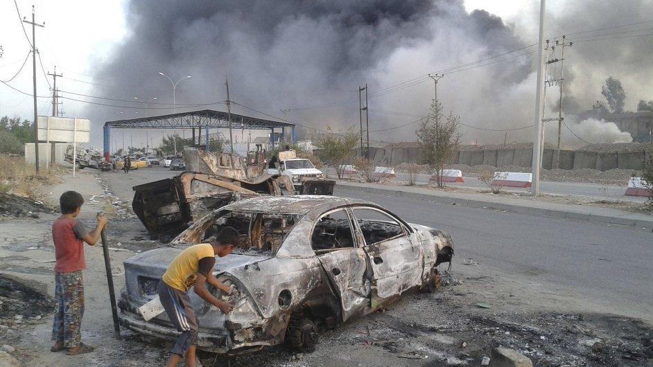 Ulice ve městě Mosul na severu Iráku (ilustrační foto)