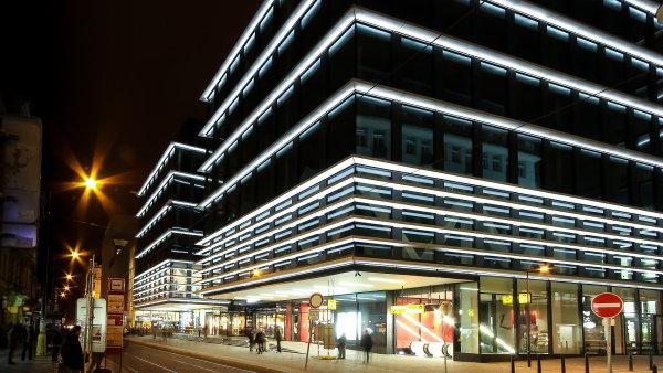 Nejvyšší nájmy jsou v okolí stanice metra Národní třída. Přímo nad stanicí byl v roce 2014 otevřen komplex Quadrio.