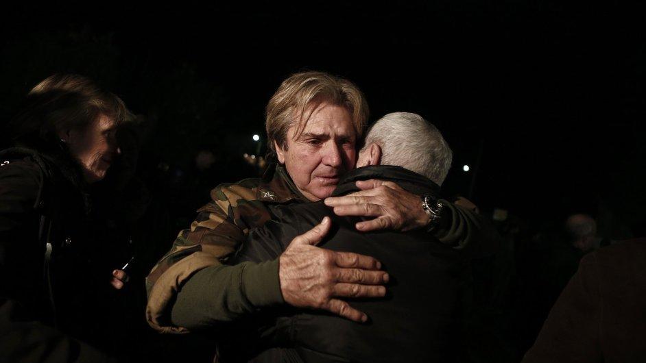 Andreas Tolaros je jedním z cestujících, kteří byli z hořícího trajektu zachráněni.