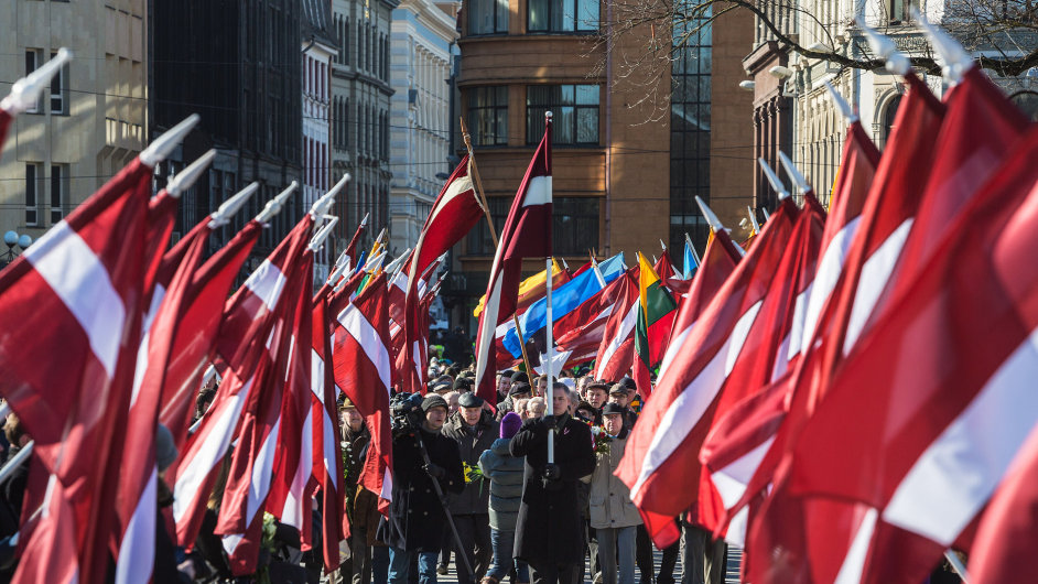 Tradiční pochod veteránů z Lotyšské legie. Ilustrační foto