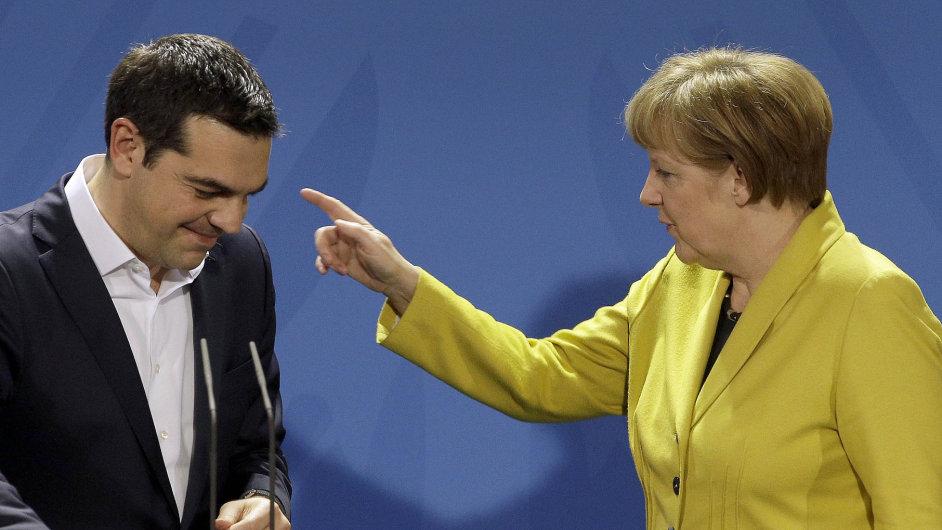 Řecký premiér Alexis Tsipras se v Berlíně distancoval od hrozeb, že Řekové zaberou německý majetek