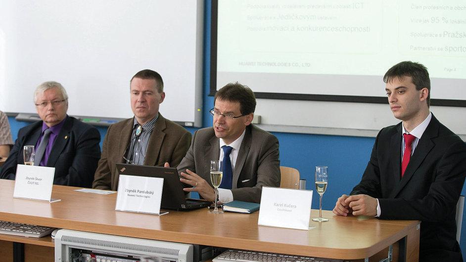 Představení laboratoří pokročilých síťových technologií na ČVUT FEL