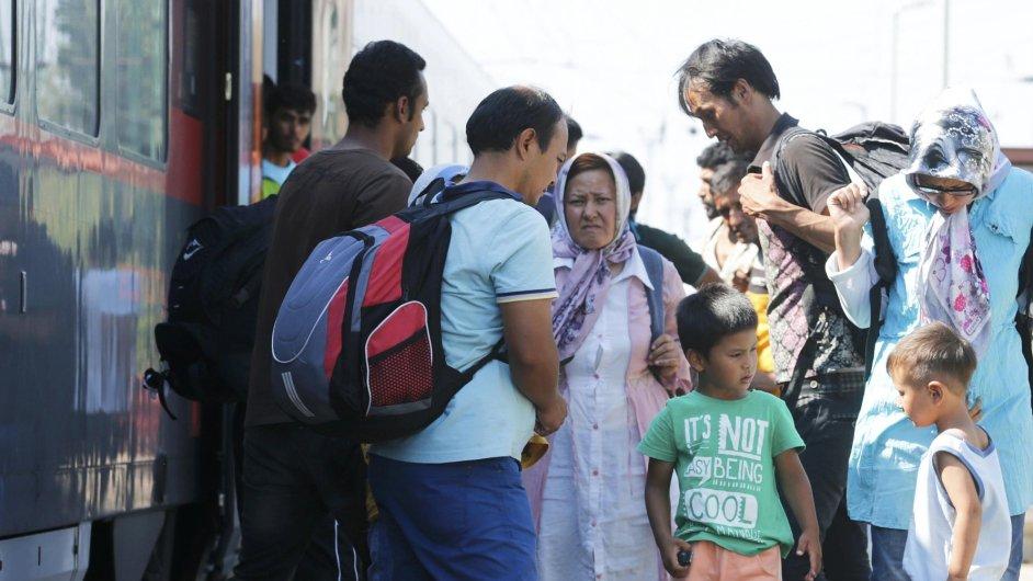 Uprchlíci směli nastoupit v Budapešti do vlaků.