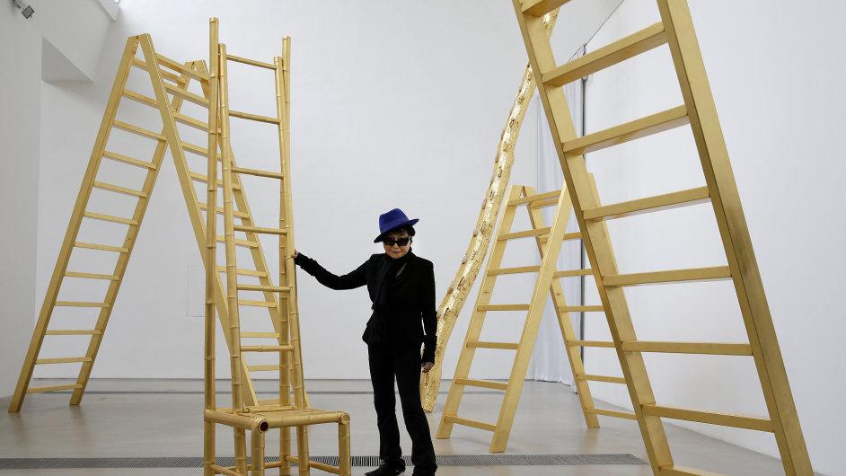 Snímky z výstavy Yoko