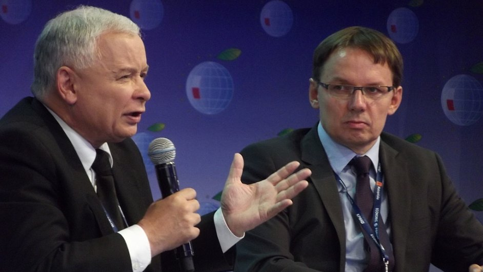 Jaroslaw Kaczynski s politickým komentátorem Igorem Jankem.