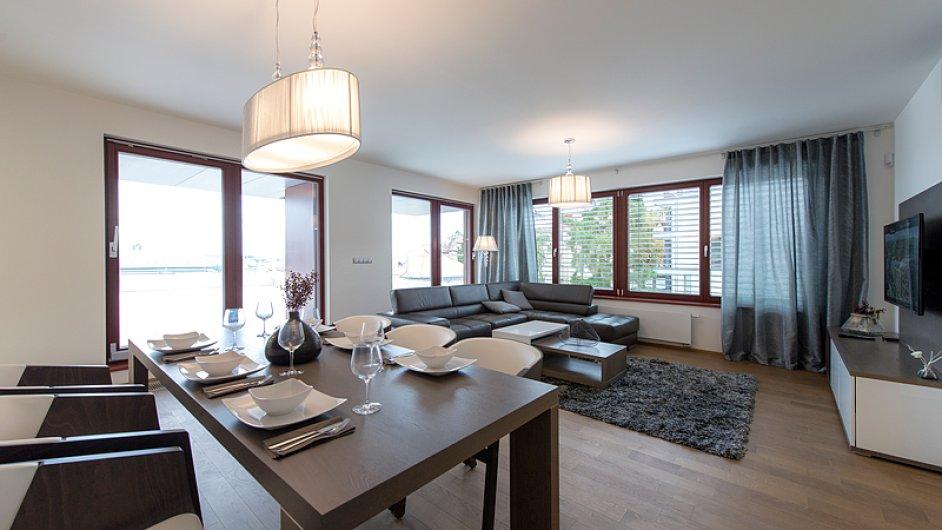 Přímo v projektu připravila společnost CENTRAL GROUP tři ukázkové byty, které je možné navštívit kdykoli po dohodě s prodejcem.
