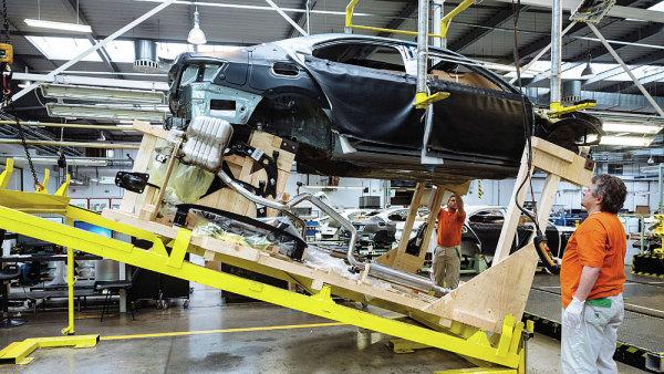 Automobilce Škoda Auto v 1. pololetí vzrostl prodej o 4,6 procenta na 569 400 vozů.