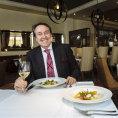 Va�en� a syrov�: S �editelem hotelu Four Seasons Ren� Beauchampem jsme ochutnali modern� italskou kuchyni