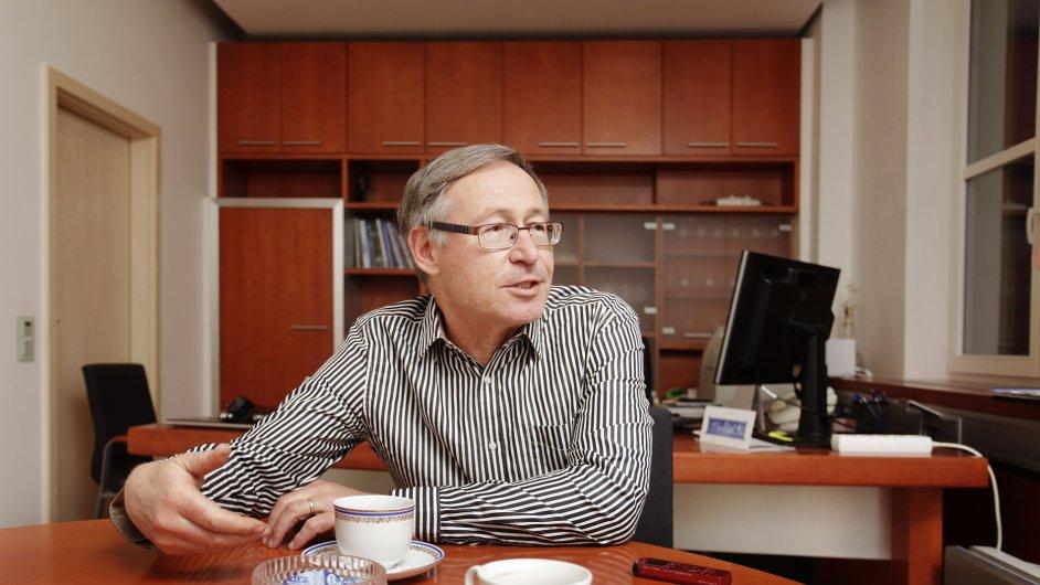 Zdeněk Hostomský, Ústav organické chemie a biochemie AV ČR. 7.1.2013