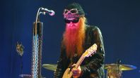 Frontman kapely ZZ Top Billy Gibbons
