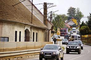 Počet aut v Česku loni stoupl o 210 tisíc. Průměrné stáří tuzemských vozů je 14,5 roku