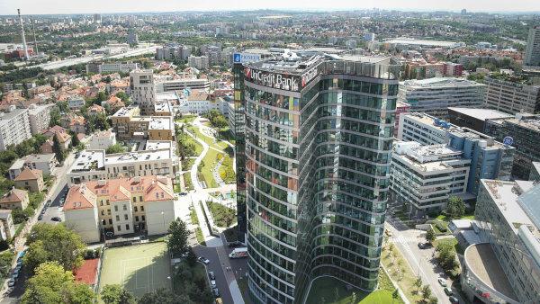 Pražská Filadelfie: Sedmnáctipatrová budova Filadelfie je dominantou BB Centra. Vprostorách sídlí UniCredit Bank. Vlastníkem je Passerinvest Group.