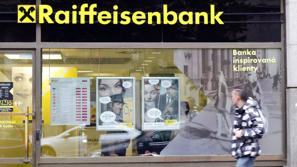 Raiffeisenbank klesl čistý zisk o šest procent na 642 milionů korun.