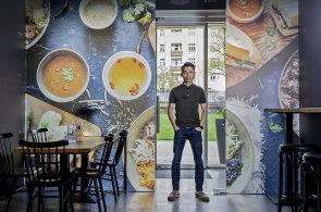 Za čínskou kuchyni se neschováváme, říká šéf bister Banh-mi-ba, do kterých investoval i Barta