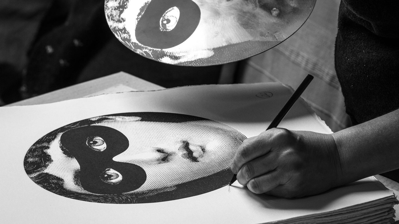 Fornasetti Tema Variazioni Book making of 04